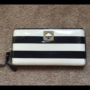 Kate spade patent leather long wallet